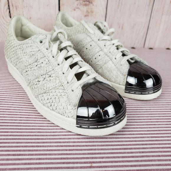 adidas superstar metal toe off white